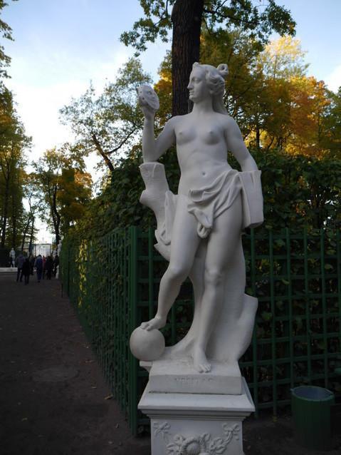 Статуи Летнего сада