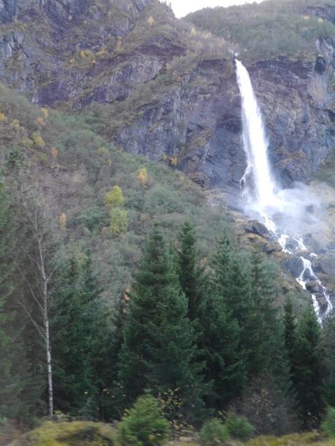 Водопад Рьяандерфоссен