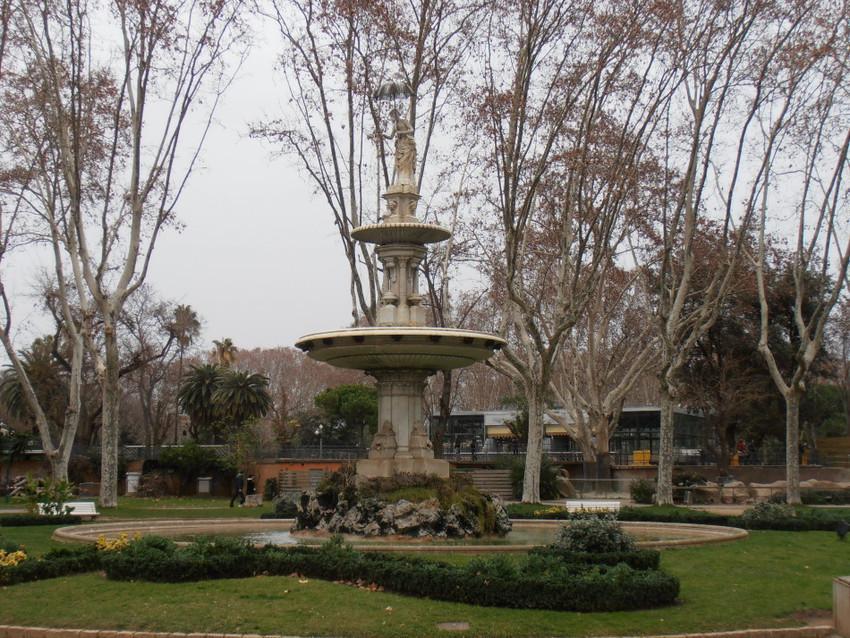 Фонтаны зоопарка Барселоны