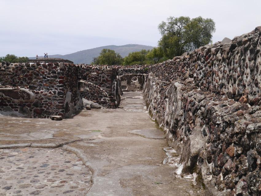 Дворец Кетцальпапалотль. Развалины