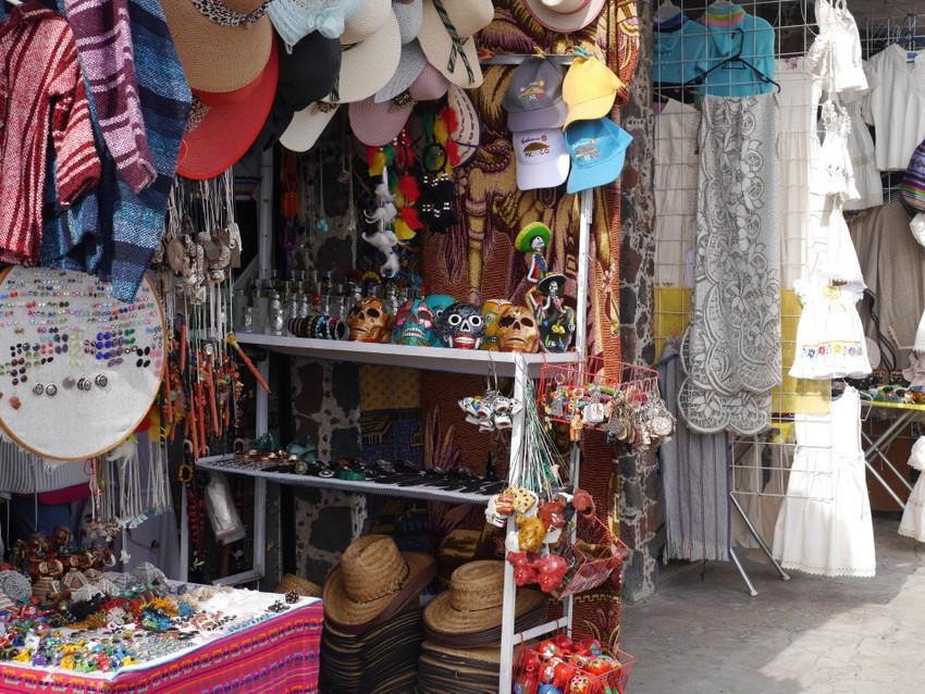 Сувениры в Теотиукане