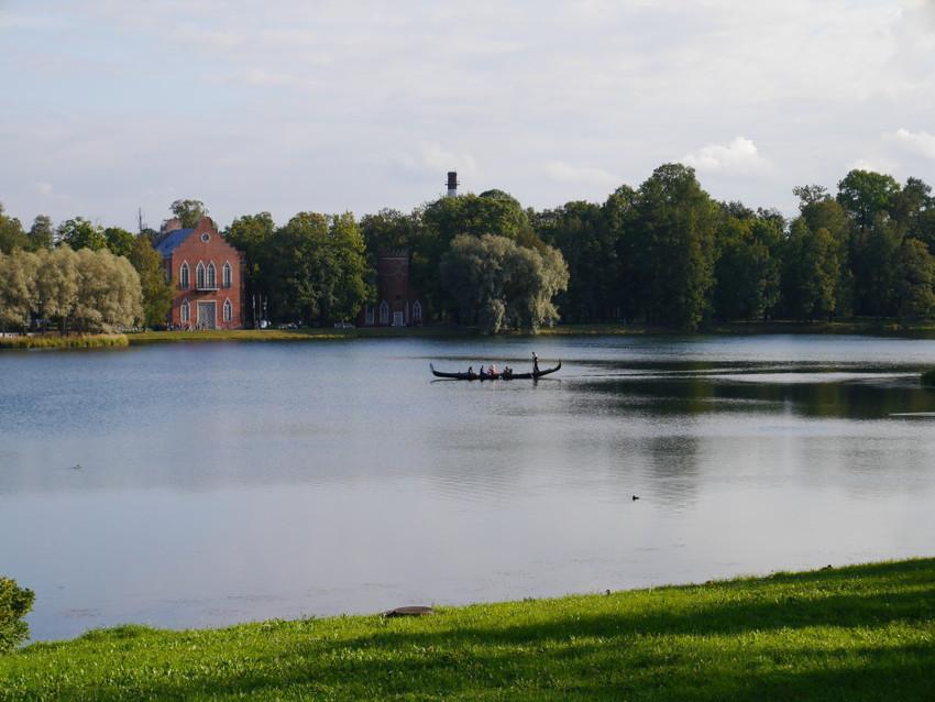 Озеру в Екатерининском саду