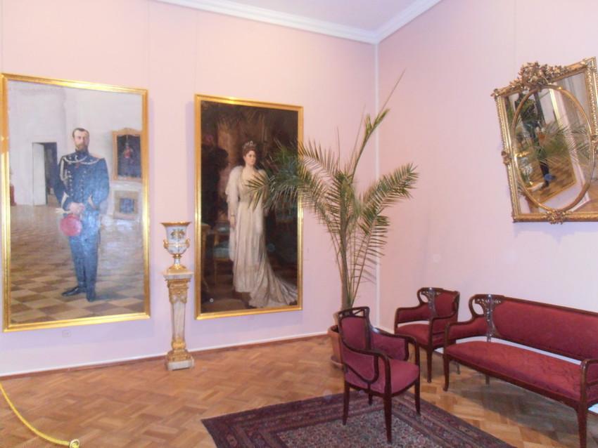 внутри Екатерининского дворца