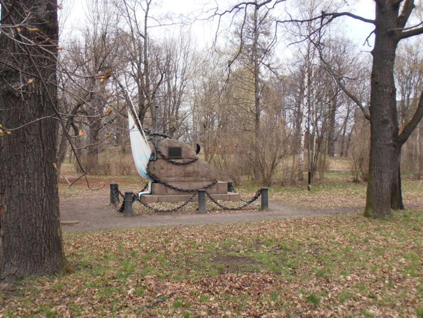 памятник погибшим морякам клипера «Опричник»
