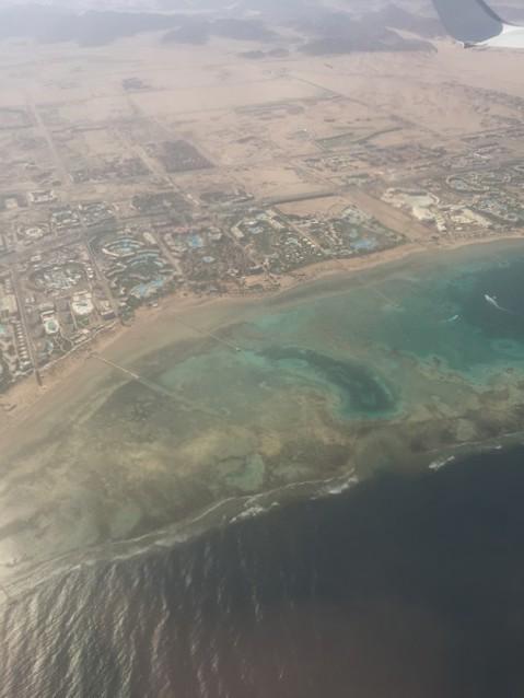Побережье Шарм-эль-Шейха с самолета
