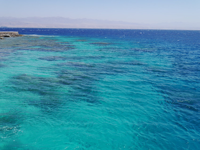 Вода около острова Фараона