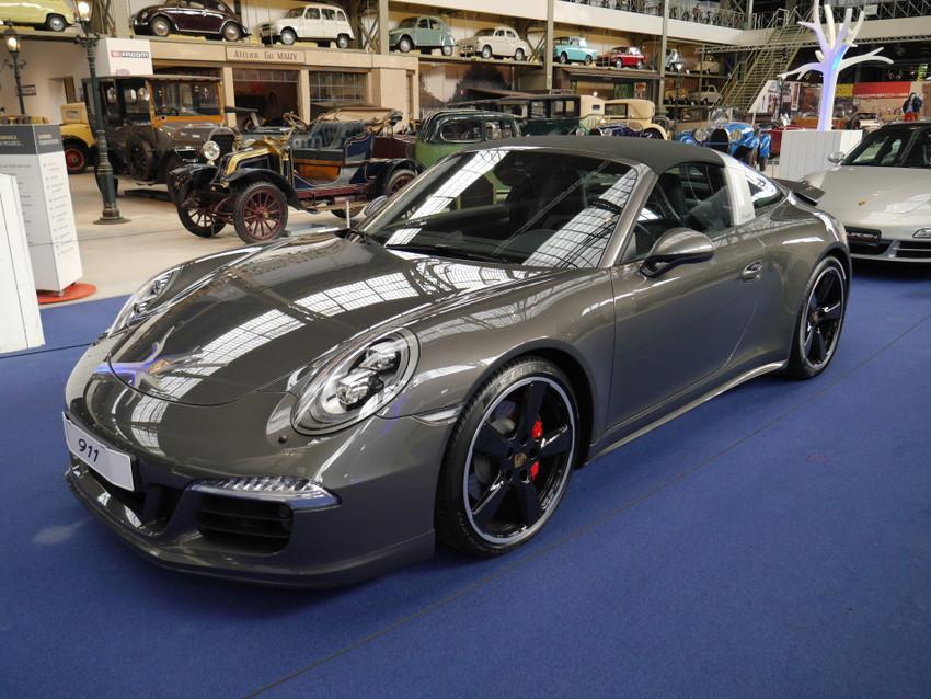 Современная модель Porsche
