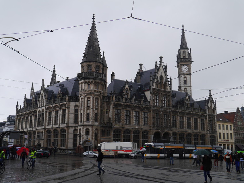 На главной площади Гента