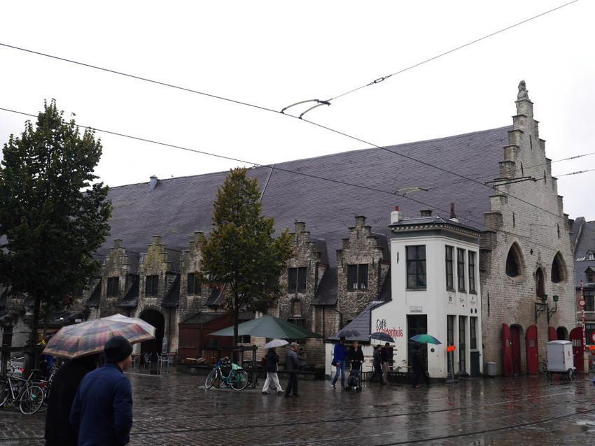 Старый рынок неподалеку от главной площади