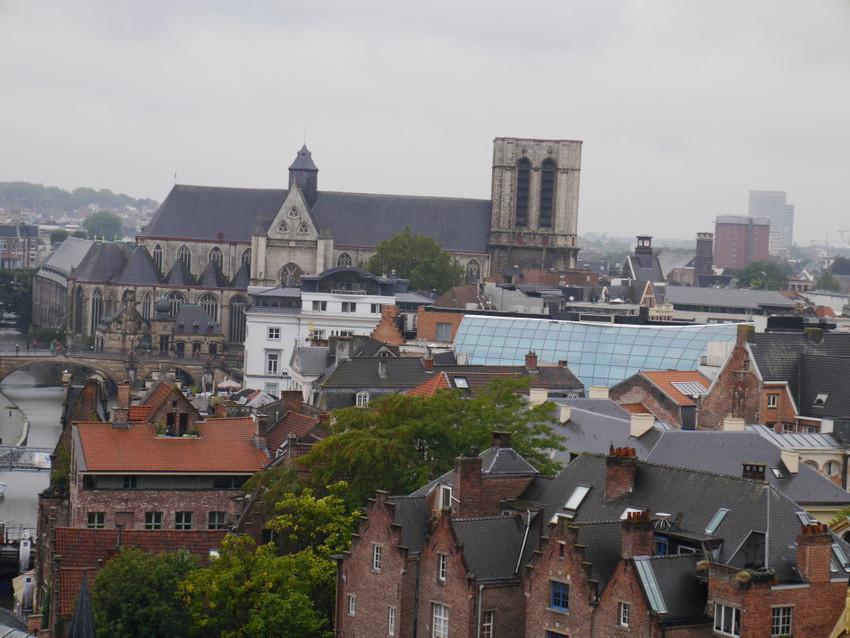 Панорама города со стан замка
