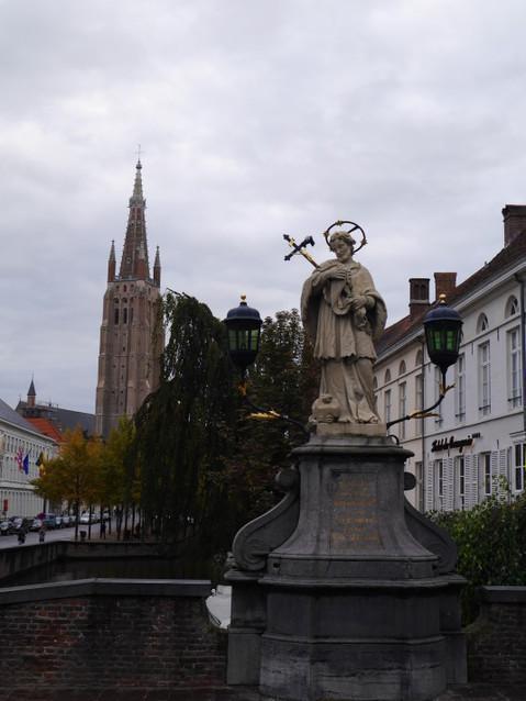 Колокольня собора и мост
