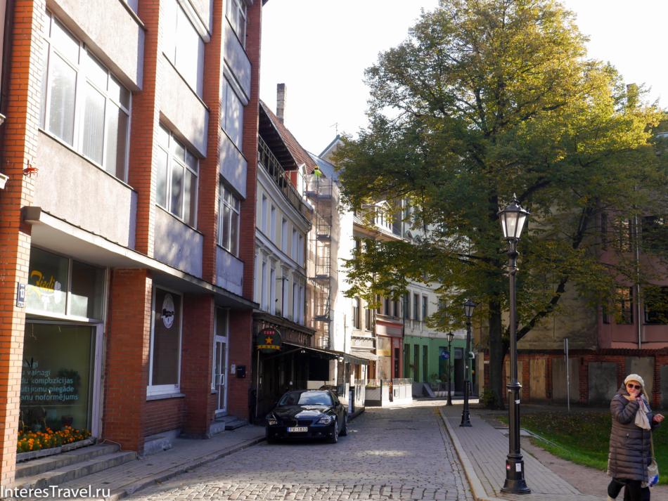 Улица Яуниела