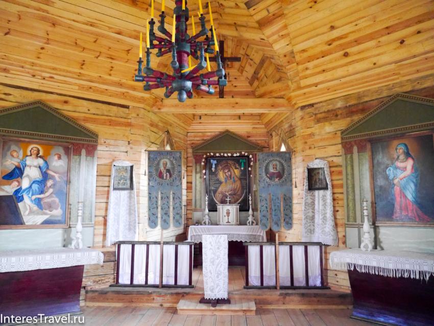 Белорусский музей народной архитектуры и быта. Внутри церкви