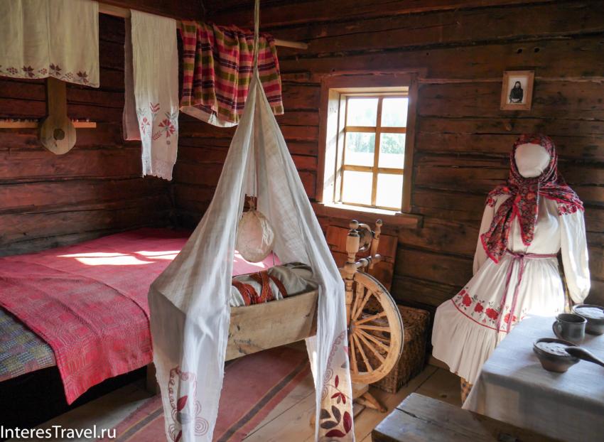Белорусский музей народной архитектуры и быта. Спальня