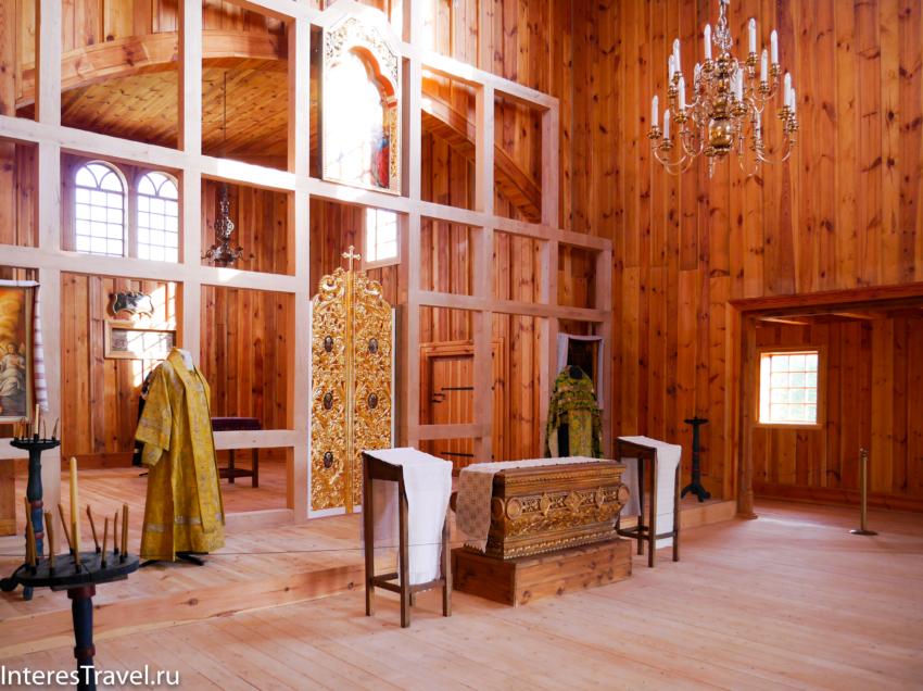 Белорусский музей народной архитектуры и быта. Внутреннее убранство церкви