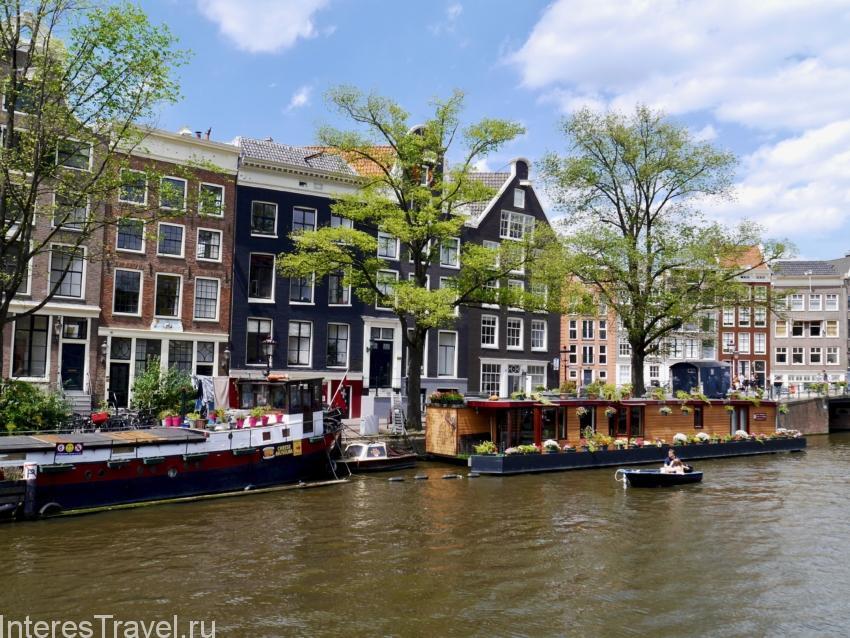 Дом-лодка с садом. Амстердам